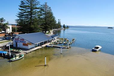 ***SOLD***Icon Boat House. Boat hire, paddleboard hire & more