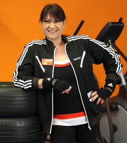 ladies-gym-health-fitness-franchise-opportunity-49-500-gst-fitout-1