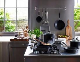 ZOES Kitchen: Exclusive Kitchen, Gift & Homewares Store For Sale