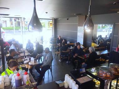 Busy Popular Sydney Bayside Cafe Producing 50kg of Coffee per Week