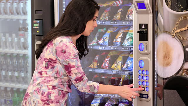 Vending Machine Business, Ample Net Income, Flexible, Part-Time Hours