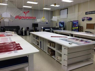 World leading retail sign shop franchise | B2B, Signage | Darwin