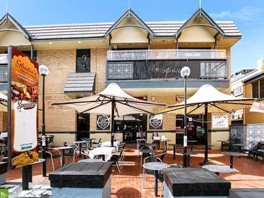 CBD restaurant: capitalise on extended trading hours