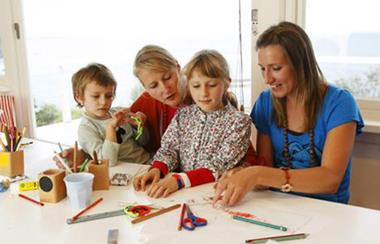 AU PAIR AND NANNY SERVICES LOCAL AND INTERNATIONAL