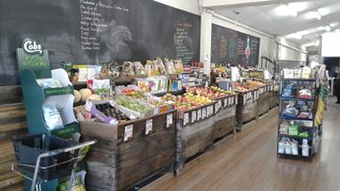 Established easy to run Fruit, Vegetable and Grocery Business for Sale