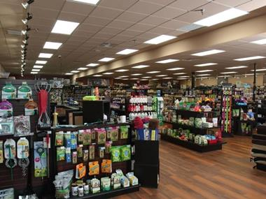UNDER OFFER - PET RETAIL STORE $165,000 (13141)
