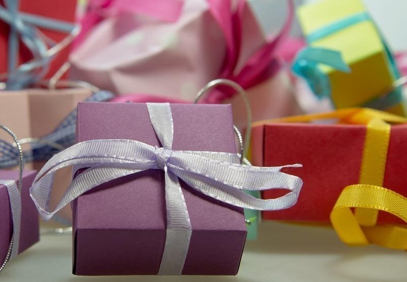 Gift Shop FOR SALE! Robina Shopping Centre $250,000 + SAV.