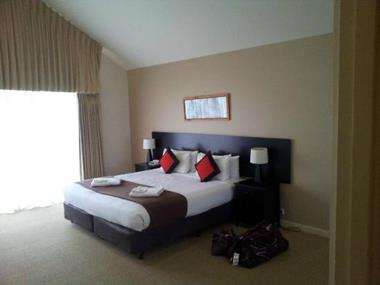 Serviced Apartments in Geelong - Ref: 14701