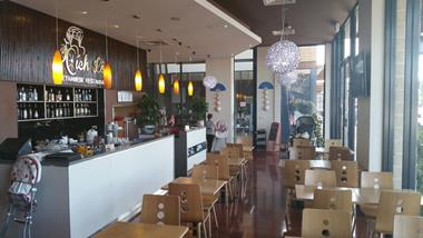 Outstanding Vietnamese Restaurant in Sanctuary Lakes Taking 15,000 pw (Our Ref: