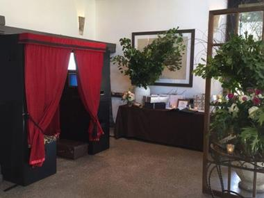 PHOTO BOOTH HIRE BUSINESS.  FUN AND EASY BUSINESS TO RUN