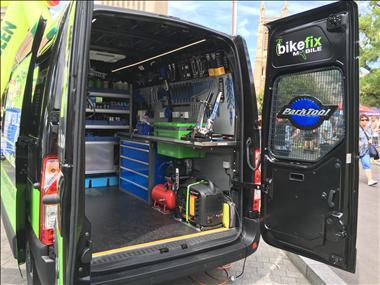 bike-fix-mobile-is-bringing-bicycle-maintenance-to-your-door-6