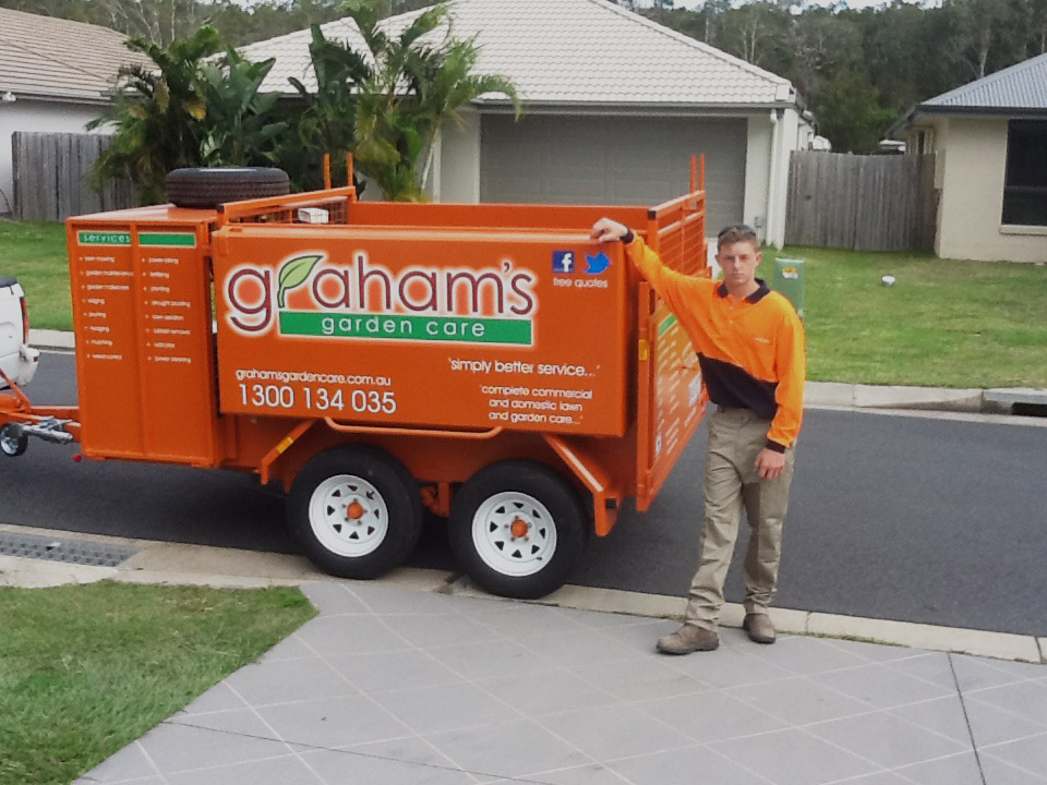 Get away from the boss - own your own Garden Care business today!