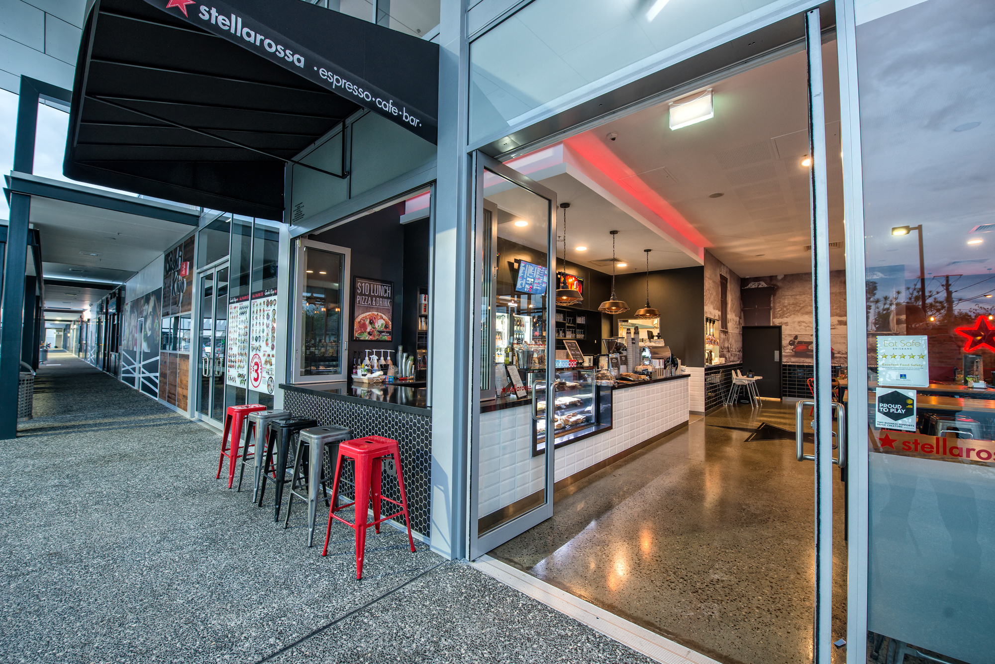New Stellarossa Cafe - AIRLIE BEACH - Finance Available !