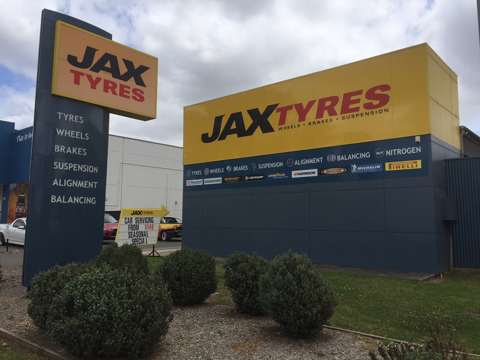 JAX Tyres Campbelltown