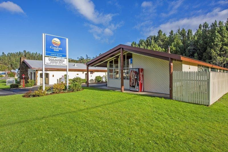 Rare Tasmanian 26 unit freehold Motel,Exemplary Presentation, o/o $899,000, 17.7