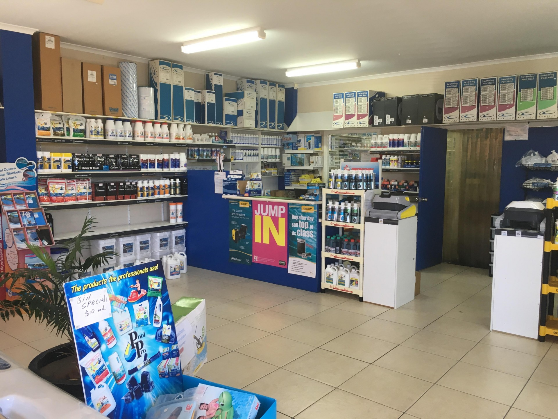 Privately Owned Pool Supplies & Service Business for Sale (For Sale by MBS)