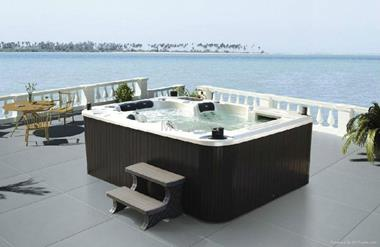 Established Hot Tubs and Spas Retail Business (Great Brand) (AM)