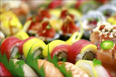 sushi-izu-hybrid-style-sushi-is-a-new-innovation-glenrose-3
