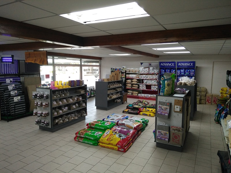 Ruben's Pet Food & Accessories, Blackwood