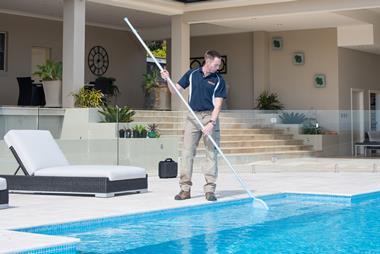 Swimart, Australia's pool & spa specialist. Mobile service franchise, Bundaberg