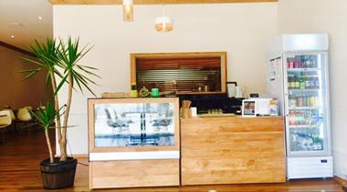 takeaway-or-cafe-beachside-torquay-opportunity-victoria-2