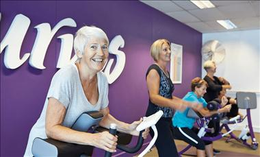 Curves Nowra – you could be the newest onwer of this thriving club!