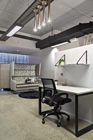 stunning-award-winning-design-fully-furnished-office-space-18-work-spaces-5