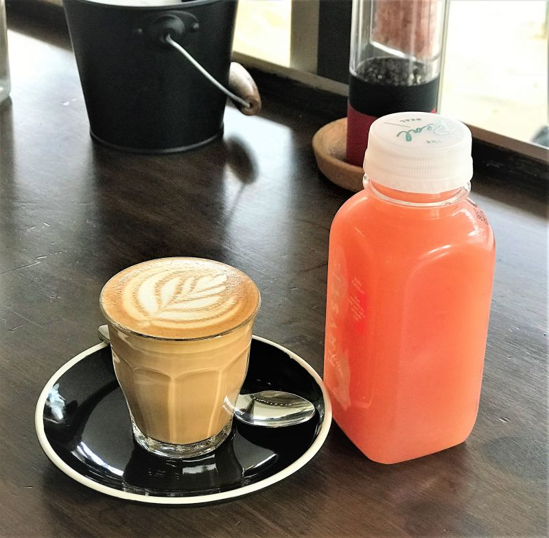 Low rent. Simple menu. No competition. Outstanding Northern Beaches cafe for sal