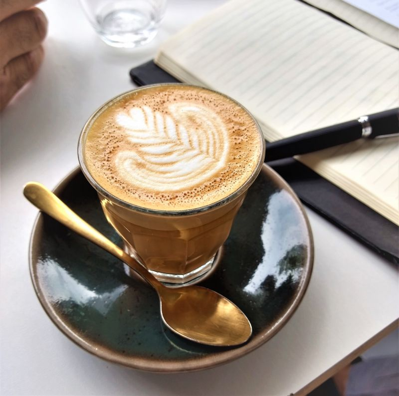 $38k Turnover. 70kg Coffee. UNDER MANAGEMENT. Superb cafe for sale in Sydney - L