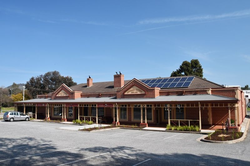 Iconic Pub and Bistro in North East Victoria, 2.3 Million Turnover p.a (only 3 h