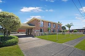 NSW South Coast Motel-Accommodation-Residence FREEHOLD For Sale - 14 Rooms