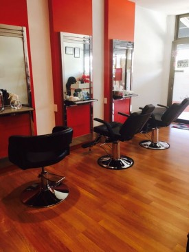 Stunning Hair & Beauty Salon For Sale - Perfect Shopping mall Location