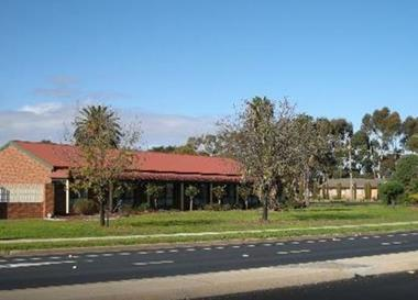 B&B MOTEL LEASEHOLD - LONG 30 YEAR LEASE - SPACIOUS DESIGN WITH QUALITY APPOINTM