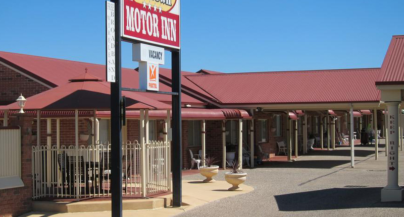 MOTEL LEASEHOLD FOR SALE - VIBRANT SOUTHERN QUEENSLAND SERVICE CENTRE