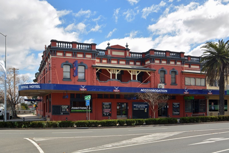 HOTEL LEASE - Royal Hotel, Muswellbrook