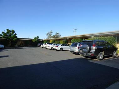 MOTEL LEASEHOLD FOR SALE - BUSY HIGHWAY TOWN CENTRE LOCATION