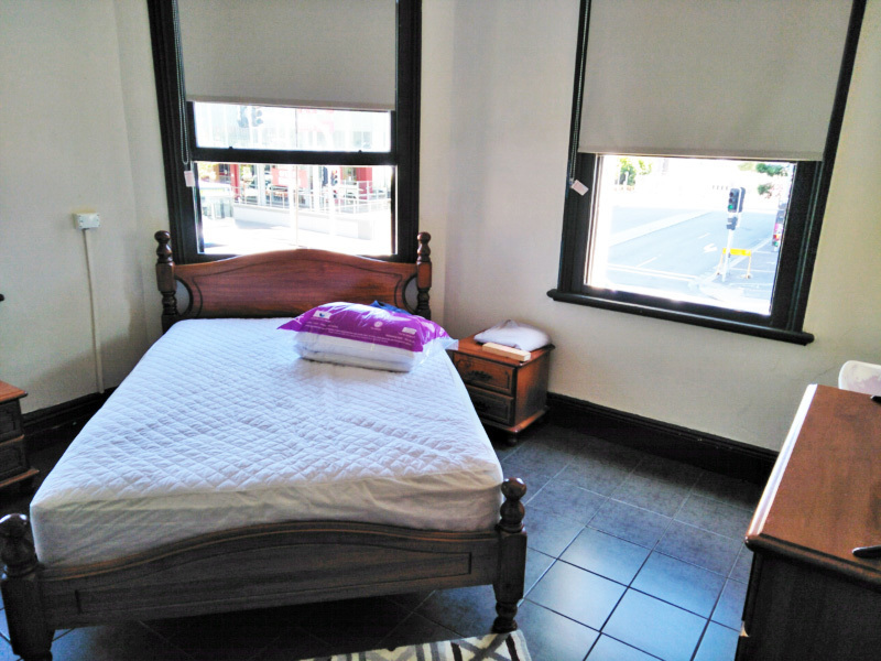 HOTEL ACCOMMODATION FOR LEASE - SOUGHT-AFTER INNER CITY LOCATION - NEWCASTLE