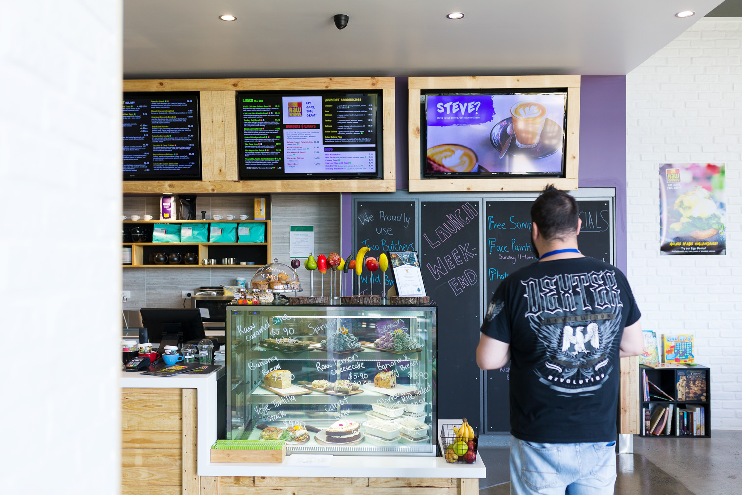 Healthy, fresh, successful cafe for sale - Broadbeach