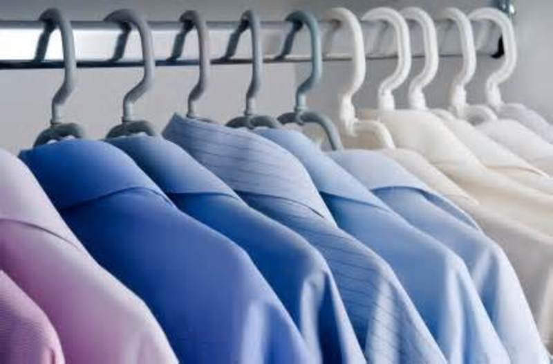 DRY CLEANING -- THORNBURY -- #4076779
