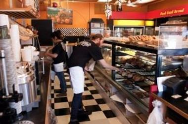 BAKERY CAFE -- MT WAVERLEY -- #3925402