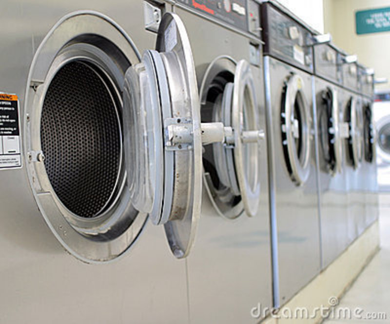 COIN LAUNDRY -- THORNBURY -- #4284563