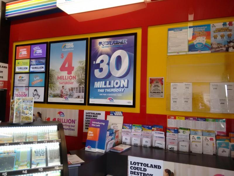 Stuck In A Job Rut ?  Cheap Rent Newsagency, Net $65,000+ - Brisbane South  #343