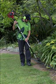 Lawn and Garden Franchise Now Available in Sydney! Urgent! Must Sell!