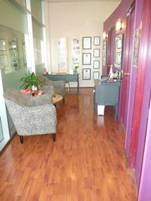Boutique beauty salon located in busy shopping precinct for sale