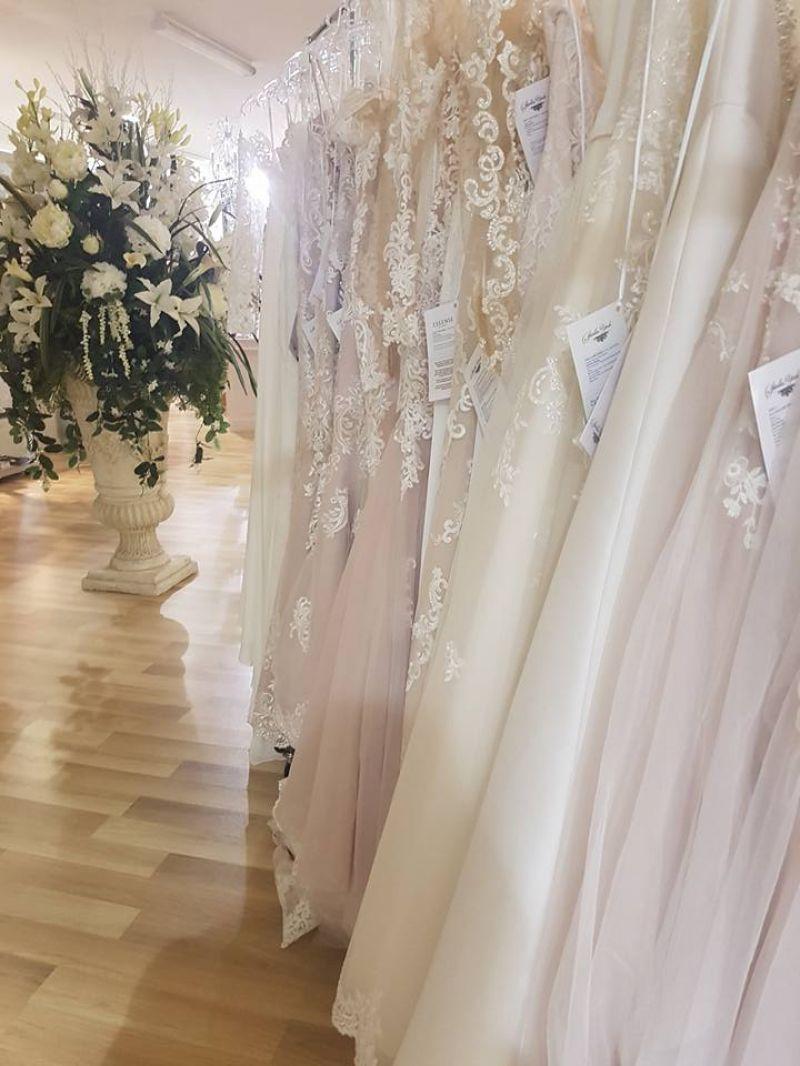 Modern, Stylish & Classy Bridal Boutique WI/WO