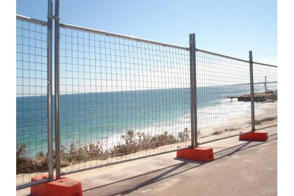 Fully Staff Managed, Temporary Fencing Hire Services