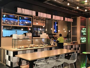busy-takeaway-store-in-qv-food-court-melb-cbd-chinese-cuisine-5