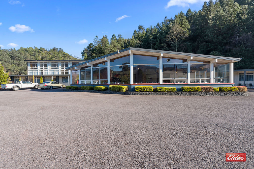 SILVER HILLS MOTEL, RESTAURANT AND FUNCTION CENTRE