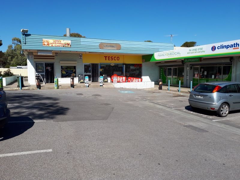 RECENTLY REFURNISHED SUPERMARKET - EXCELLENT RETURNS - GOOD RENT
