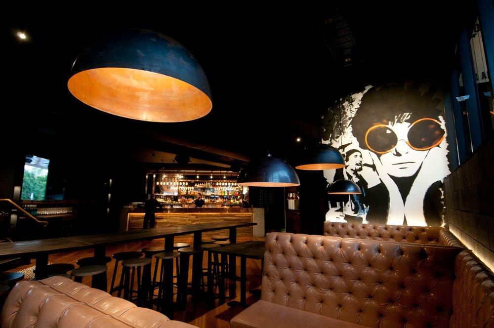 Fully Managed, Profitable West End Bar/Restaurant.